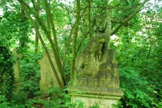 Abney Park Cemetery in London